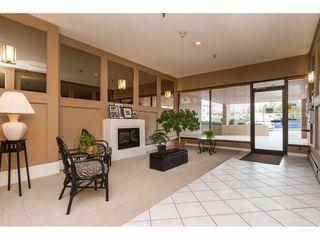 "Photo 3: 203 1480 FOSTER Street: White Rock Condo for sale in ""White Rock Square 1"" (South Surrey White Rock)  : MLS®# R2151614"