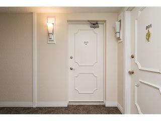 "Photo 4: 203 1480 FOSTER Street: White Rock Condo for sale in ""White Rock Square 1"" (South Surrey White Rock)  : MLS®# R2151614"
