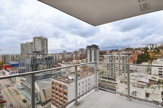 """Photo 11: 1903 668 COLUMBIA Street in New Westminster: Quay Condo for sale in """"TRAPP+HOLBROOK"""" : MLS®# R2156236"""