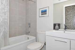 """Photo 9: 1903 668 COLUMBIA Street in New Westminster: Quay Condo for sale in """"TRAPP+HOLBROOK"""" : MLS®# R2156236"""