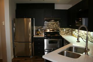 """Photo 4: 605 1032 QUEENS Avenue in New Westminster: Uptown NW Condo for sale in """"QUEENS TERRACE"""" : MLS®# R2163504"""