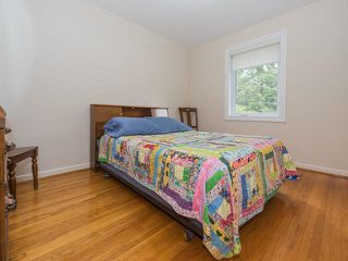 Photo 8: 124 Thicketwood Drive in Toronto: Eglinton East House (Bungalow) for sale (Toronto E08)  : MLS®# E3807933