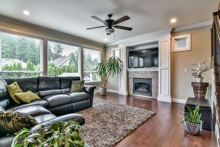 Photo 2: 21645 92B Avenue in Langley: Walnut Grove House for sale : MLS®# R2174739