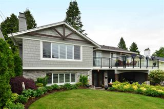 "Photo 1: 15701 GOGGS Avenue: White Rock House for sale in ""WHITE ROCK"" (South Surrey White Rock)  : MLS®# R2178923"