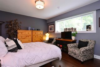 "Photo 16: 15701 GOGGS Avenue: White Rock House for sale in ""WHITE ROCK"" (South Surrey White Rock)  : MLS®# R2178923"