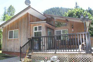 Photo 1: 66552 SUMMER Road in Hope: Hope Kawkawa Lake House for sale : MLS®# R2181390
