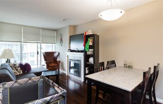 "Photo 3: 1010 888 CARNARVON Street in New Westminster: Downtown NW Condo for sale in ""MARINUS AT PLAZA 88"" : MLS®# R2183678"