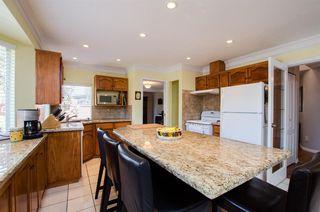 Photo 5: 5313 WESTMINSTER AVENUE in Delta: Neilsen Grove House for sale (Ladner)  : MLS®# R2161915
