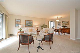 Photo 5: 305 2125 Oak Bay Avenue in VICTORIA: OB South Oak Bay Condo Apartment for sale (Oak Bay)  : MLS®# 383805