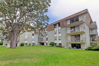 Photo 19: 305 2125 Oak Bay Avenue in VICTORIA: OB South Oak Bay Condo Apartment for sale (Oak Bay)  : MLS®# 383805