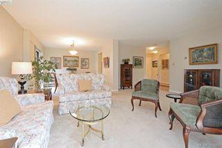 Photo 2: 305 2125 Oak Bay Avenue in VICTORIA: OB South Oak Bay Condo Apartment for sale (Oak Bay)  : MLS®# 383805