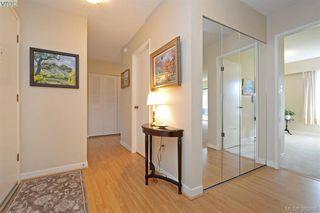Photo 12: 305 2125 Oak Bay Avenue in VICTORIA: OB South Oak Bay Condo Apartment for sale (Oak Bay)  : MLS®# 383805