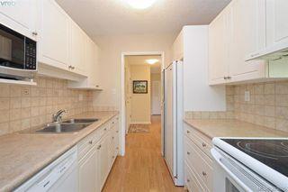 Photo 8: 305 2125 Oak Bay Avenue in VICTORIA: OB South Oak Bay Condo Apartment for sale (Oak Bay)  : MLS®# 383805