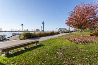 "Photo 19: 113 4500 WESTWATER Drive in Richmond: Steveston South Condo for sale in ""COPPER SKY WEST"" : MLS®# R2218071"