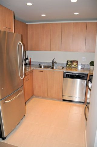 Photo 6: 1203 1212 HOWE Street in Vancouver: Downtown VW Condo for sale (Vancouver West)  : MLS®# R2234597