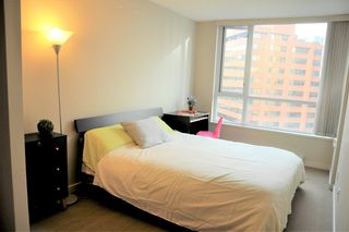 Photo 7: 1203 1212 HOWE Street in Vancouver: Downtown VW Condo for sale (Vancouver West)  : MLS®# R2234597