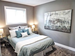 Photo 14: 119 SHAWINIGAN Drive SW in Calgary: Shawnessy House for sale : MLS®# C4163176