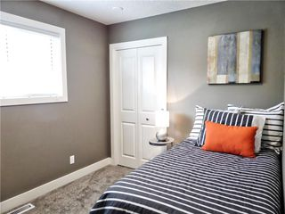 Photo 13: 119 SHAWINIGAN Drive SW in Calgary: Shawnessy House for sale : MLS®# C4163176