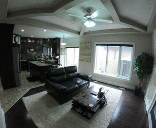 Photo 2: 16240 134 Street in Edmonton: Zone 27 House for sale : MLS®# E4098714