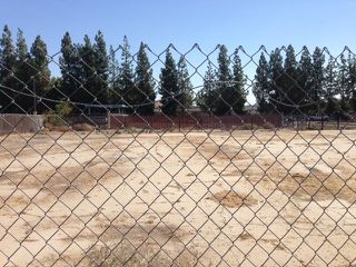Photo 9: OUT OF AREA Property for sale: 224 N CHESTER AVENUE in BAKERSFIELD