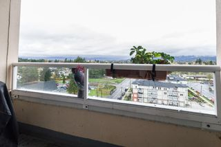 "Photo 1: 1102 11980 222 Street in Maple Ridge: West Central Condo for sale in ""Gordon Towers"" : MLS®# R2259531"