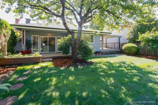 """Photo 2: 6319 SALISH Drive in Vancouver: University VW House for sale in """"MUSQUEAM"""" (Vancouver West)  : MLS®# R2288204"""