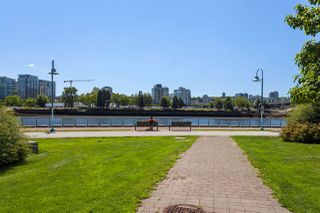 "Photo 32: 2505 33 SMITHE Street in Vancouver: Yaletown Condo for sale in ""COOPERS LOOKOUT"" (Vancouver West)  : MLS®# R2289422"