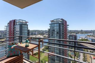 "Photo 11: 2505 33 SMITHE Street in Vancouver: Yaletown Condo for sale in ""COOPERS LOOKOUT"" (Vancouver West)  : MLS®# R2289422"