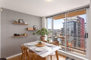 "Photo 10: 2505 33 SMITHE Street in Vancouver: Yaletown Condo for sale in ""COOPERS LOOKOUT"" (Vancouver West)  : MLS®# R2289422"