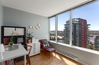 "Photo 20: 2505 33 SMITHE Street in Vancouver: Yaletown Condo for sale in ""COOPERS LOOKOUT"" (Vancouver West)  : MLS®# R2289422"