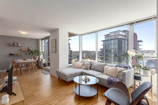 "Photo 2: 2505 33 SMITHE Street in Vancouver: Yaletown Condo for sale in ""COOPERS LOOKOUT"" (Vancouver West)  : MLS®# R2289422"