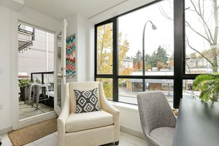 "Photo 10: 204 935 W 16TH Street in North Vancouver: Hamilton Condo for sale in ""GATEWAY"" : MLS®# R2320288"