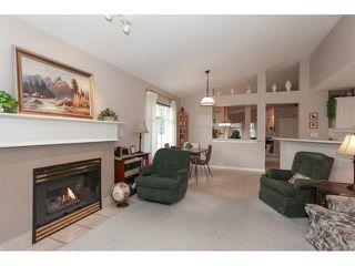 "Photo 8: 35 8555 209 Street in Langley: Walnut Grove Townhouse for sale in ""Autumnwood - Walnut Grove"" : MLS®# R2327896"