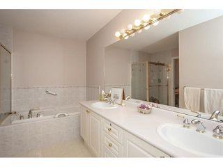 "Photo 14: 35 8555 209 Street in Langley: Walnut Grove Townhouse for sale in ""Autumnwood - Walnut Grove"" : MLS®# R2327896"