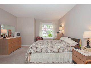 "Photo 12: 35 8555 209 Street in Langley: Walnut Grove Townhouse for sale in ""Autumnwood - Walnut Grove"" : MLS®# R2327896"