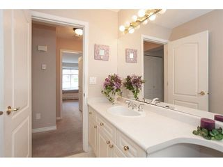 "Photo 16: 35 8555 209 Street in Langley: Walnut Grove Townhouse for sale in ""Autumnwood - Walnut Grove"" : MLS®# R2327896"