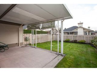 "Photo 17: 35 8555 209 Street in Langley: Walnut Grove Townhouse for sale in ""Autumnwood - Walnut Grove"" : MLS®# R2327896"