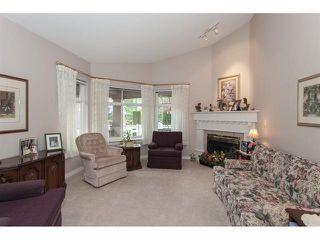 "Photo 3: 35 8555 209 Street in Langley: Walnut Grove Townhouse for sale in ""Autumnwood - Walnut Grove"" : MLS®# R2327896"
