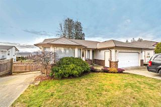 "Main Photo: 33596 BLUEBERRY Drive in Mission: Mission BC House for sale in ""Hillside"" : MLS®# R2332914"