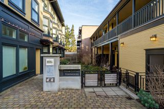 "Photo 2: 1777 E 20TH Avenue in Vancouver: Victoria VE Townhouse for sale in ""CEDAR COTTAGE Townhomes-Gow Bloc"" (Vancouver East)  : MLS®# R2333733"