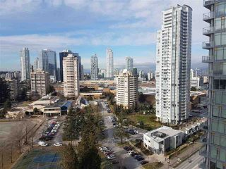 """Photo 9: 2105 4900 LENNOX Lane in Burnaby: Metrotown Condo for sale in """"The Park Metrotown"""" (Burnaby South)  : MLS®# R2337587"""