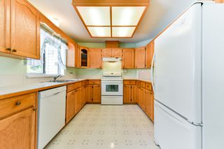 """Photo 7: 17 22555 116 Avenue in Maple Ridge: East Central Townhouse for sale in """"Fraserview Village"""" : MLS®# R2339464"""