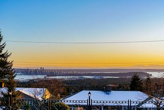 Photo 17: 358 VENTURA Crescent in North Vancouver: Upper Delbrook House for sale : MLS®# R2344206