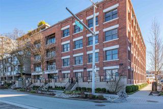 """Main Photo: 207 388 W 1ST Avenue in Vancouver: False Creek Condo for sale in """"THE EXCHANGE"""" (Vancouver West)  : MLS®# R2345204"""