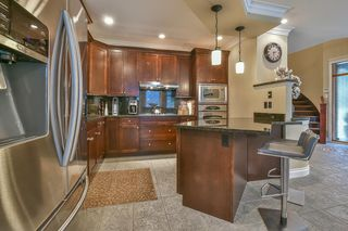 Photo 8: 447 1ST Avenue: Cultus Lake House for sale : MLS®# R2355693