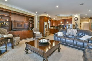 Photo 4: 447 1ST Avenue: Cultus Lake House for sale : MLS®# R2355693