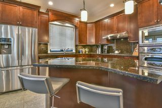 Photo 7: 447 1ST Avenue: Cultus Lake House for sale : MLS®# R2355693