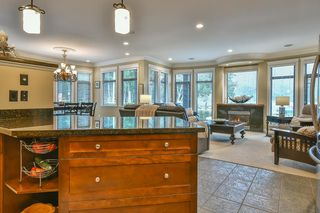 Photo 9: 447 1ST Avenue: Cultus Lake House for sale : MLS®# R2355693