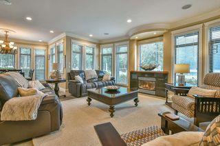Photo 3: 447 1ST Avenue: Cultus Lake House for sale : MLS®# R2355693
