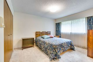 """Photo 11: 1022 OGDEN Street in Coquitlam: Ranch Park House for sale in """"Ranch Park"""" : MLS®# R2361748"""